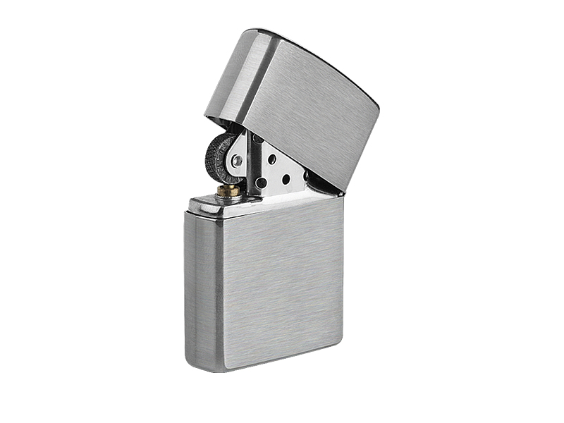 Metal lighter in a gift box